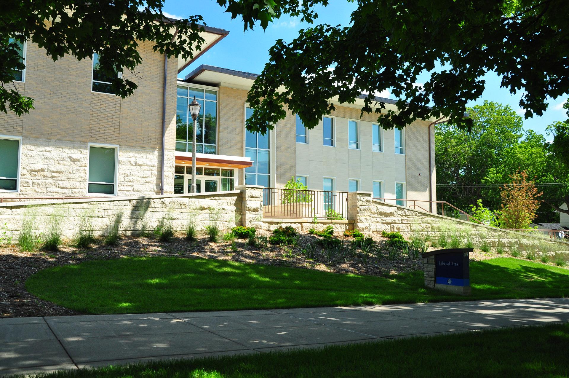 UIU Liberal Arts Building
